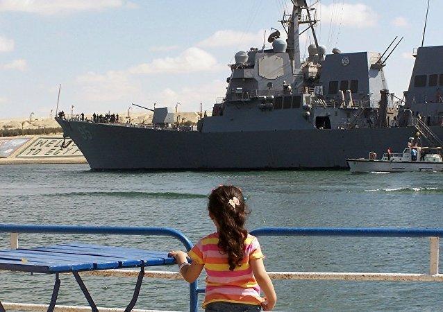 美國「詹姆斯·威廉斯」號導彈驅逐艦