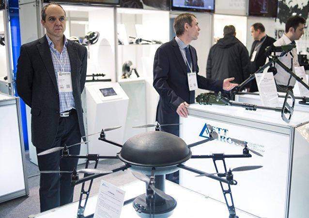 """俄罗斯军队装备独特的工程侦察飞行器""""蜻蜓"""""""