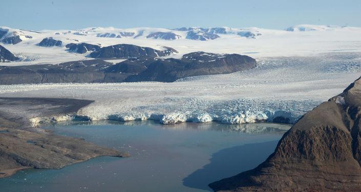 专家:乌克兰宣布参加北极开发意在提升国际地位