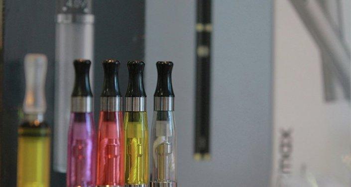 俄政府專家反對將電子香煙等同於傳統香煙