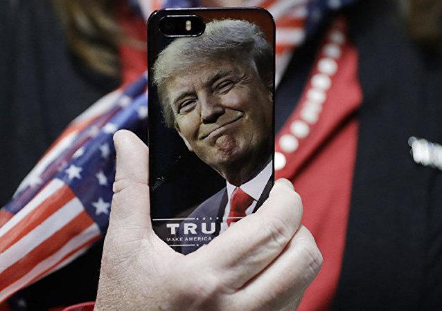 民调:45%的美国人赞同特朗普的经济政策