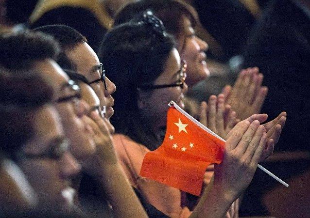 中国发布赴美留学预警 教育交流合作应相互尊重
