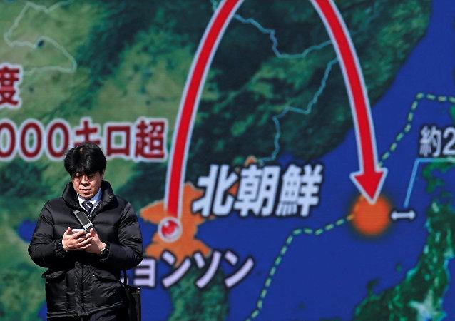 朝鲜发射弹道导弹