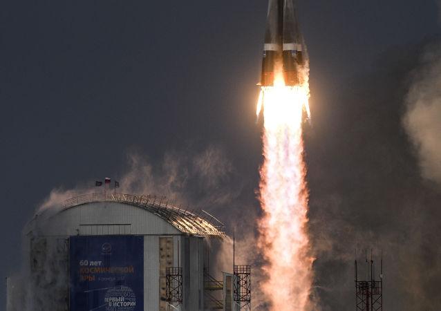 专家:去年创下被送上轨道的卫星数量记录