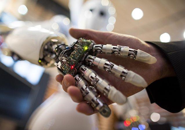 2018年全球十大新兴技术发布 人工智能和增强现实等上榜