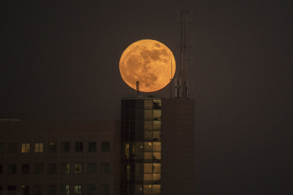 在各國的超級月亮