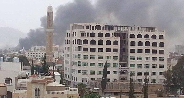 媒體:阿拉伯聯軍對薩那胡塞武裝分子的陣地發起打擊