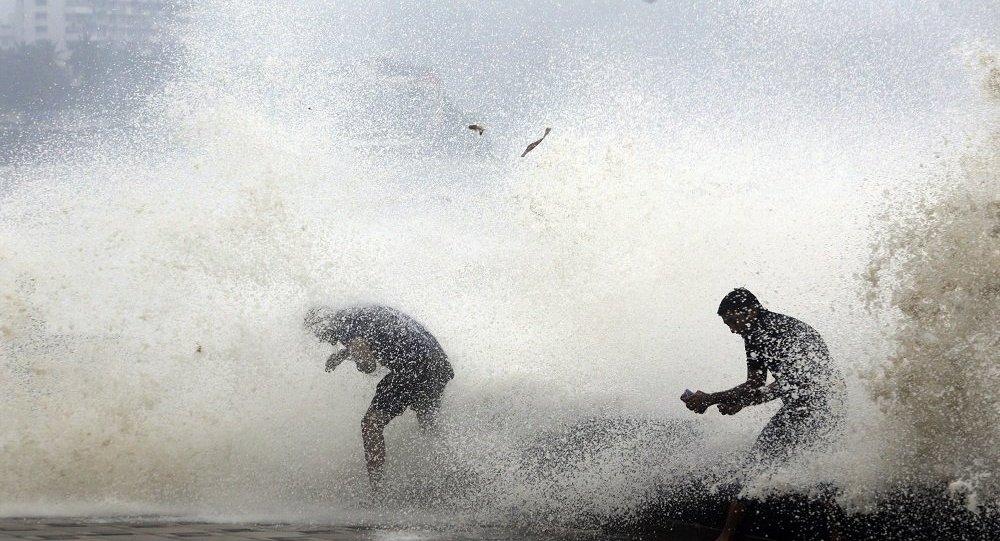 媒體:印度熱帶氣旋致死人數上升至64人