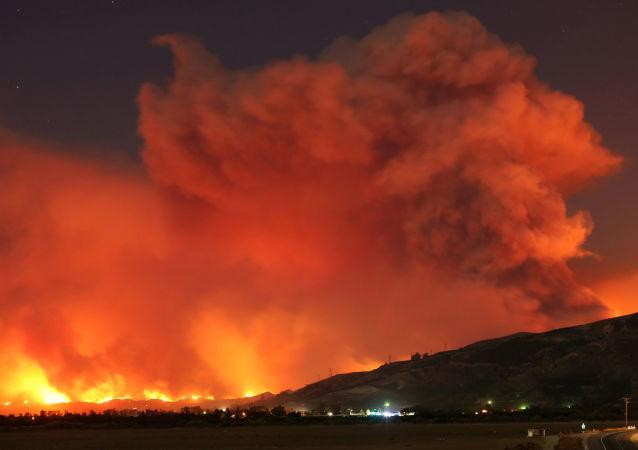 美國當局:加利福尼亞州北部火災死亡人數升至76人