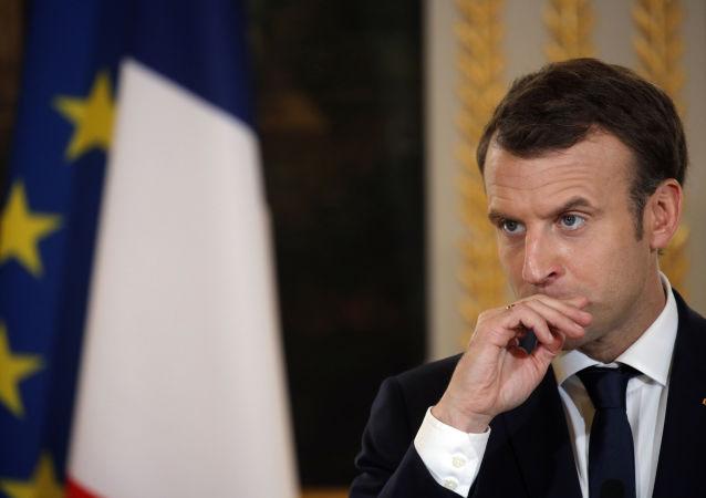 法国将继续与美国联手通过政治途径调解叙危机