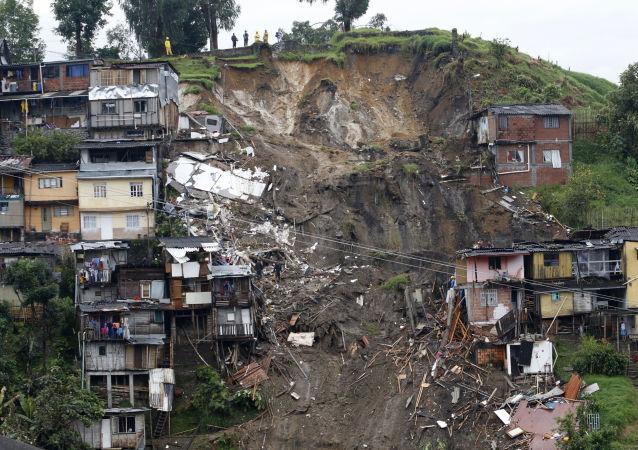 哥伦比亚滑坡事件致死人数上升至32人