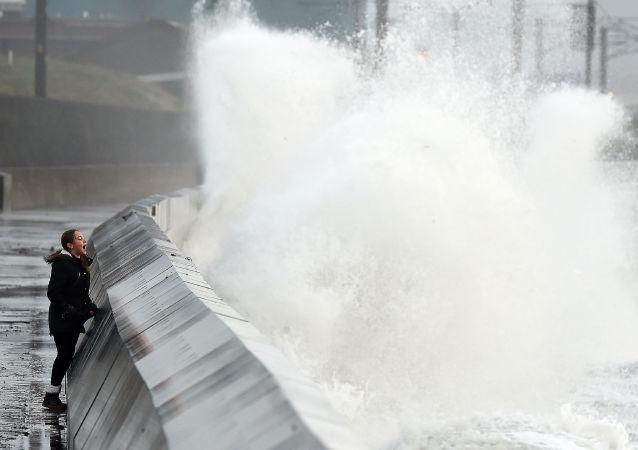 美国恶劣天气造成的死亡人数增至八人