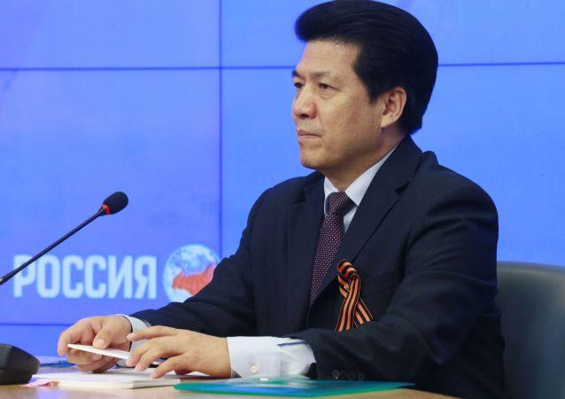 李辉大使接受俄罗斯卫星通讯社采访:《坚定走实走深 夯实合作之基》