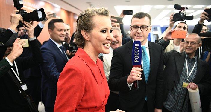 俄总统候选人索布恰克称普京将赢得选举