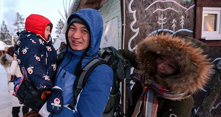 中國旅客在薩米民族村