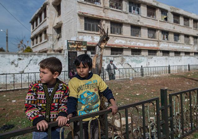 美军控制的叙阿尔坦夫附近鲁克班干难民营藏有恐怖分子