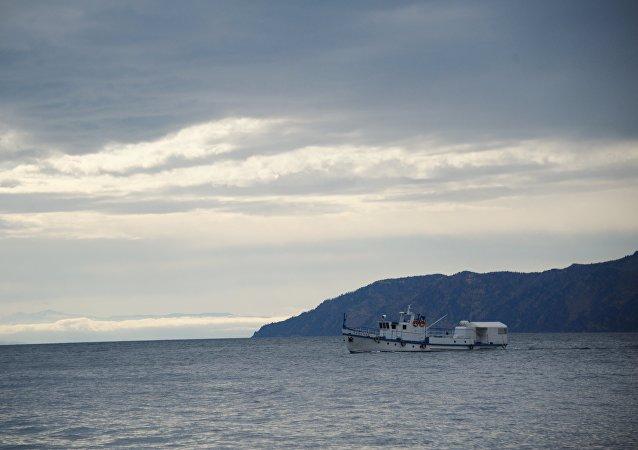 一艘中国渔船在韩国以西海域倾覆