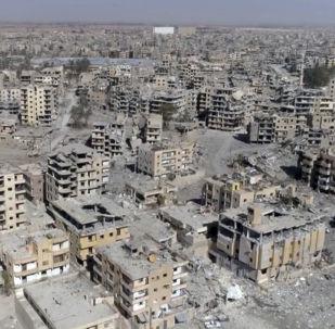Разрушенные дома сирийского города Ракка