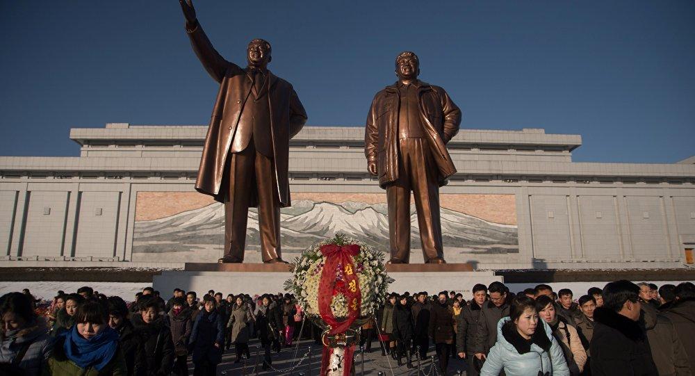金正日诞辰之际  金正恩晋升朝鲜军方指挥人员