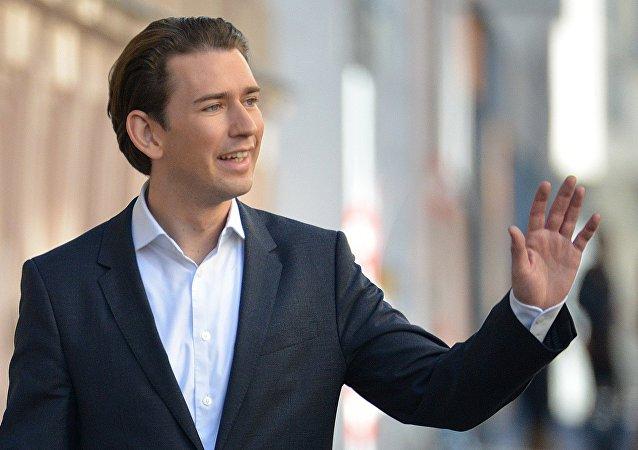 奥地利议会通过对库尔茨总理的不信任投票