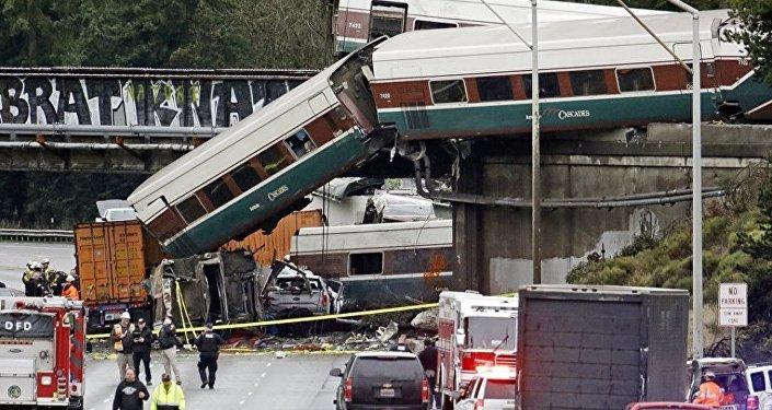 媒體:美國出軌列車超出允許速度近2倍