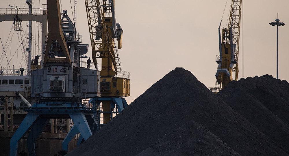 納霍德卡港煤炭運輸量下降50%