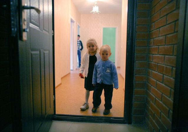普京:俄应建造配备基础设施的舒适住宅