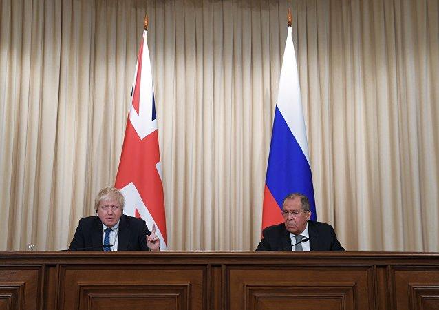 俄外长与英国外交大臣讨论朝鲜周边局势