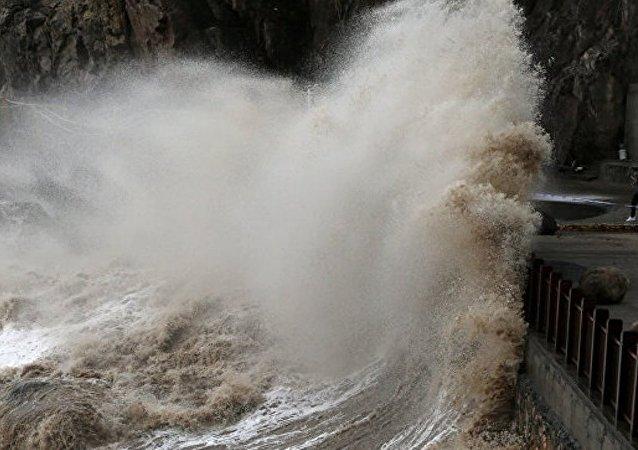 因飓风临近约65万人从越南沿海地区疏散