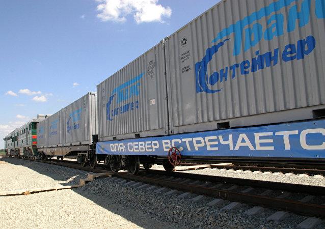 """俄驻印商务代表:俄印愿帮助伊朗发展""""北南""""运输走廊基础设施"""