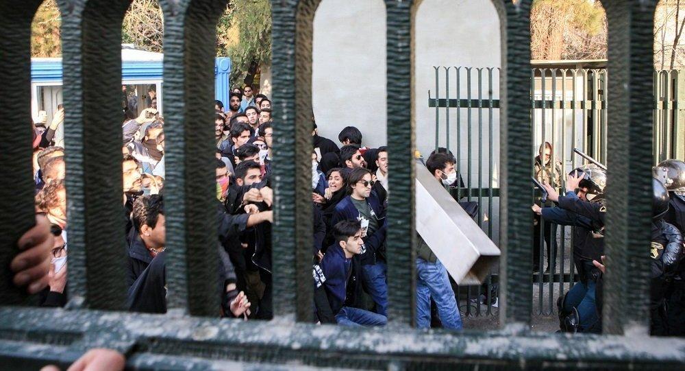 媒體:伊朗抗議集會死亡人數增至10人
