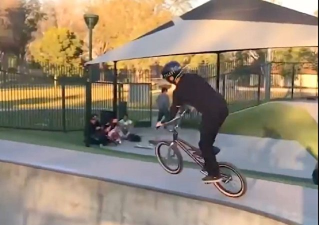 全世界最幸運的自行車手騎車視頻
