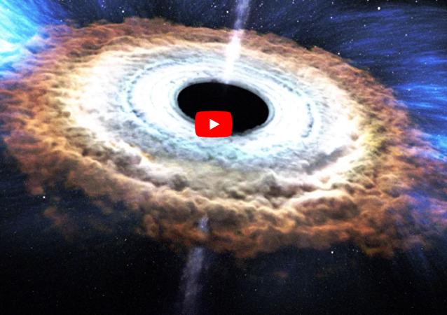 黑洞將會碎裂成恆星的組成部分