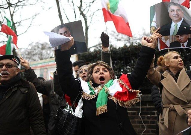 聯合國特別報告:伊朗應該把對遊行者動用的暴力最小化