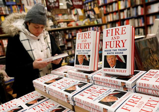 揭露特朗普丑闻新书上市几周销量突破150万册