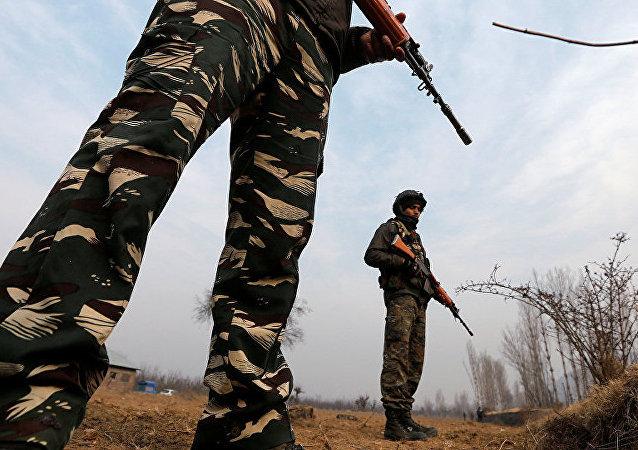 Кашмир Индия полиция