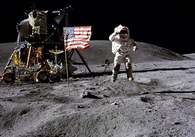 美國宇航員約翰·楊