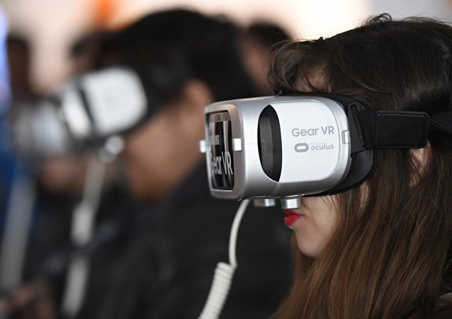 Facebook通過和小米公司合作生產VR頭戴設備切入中國市場
