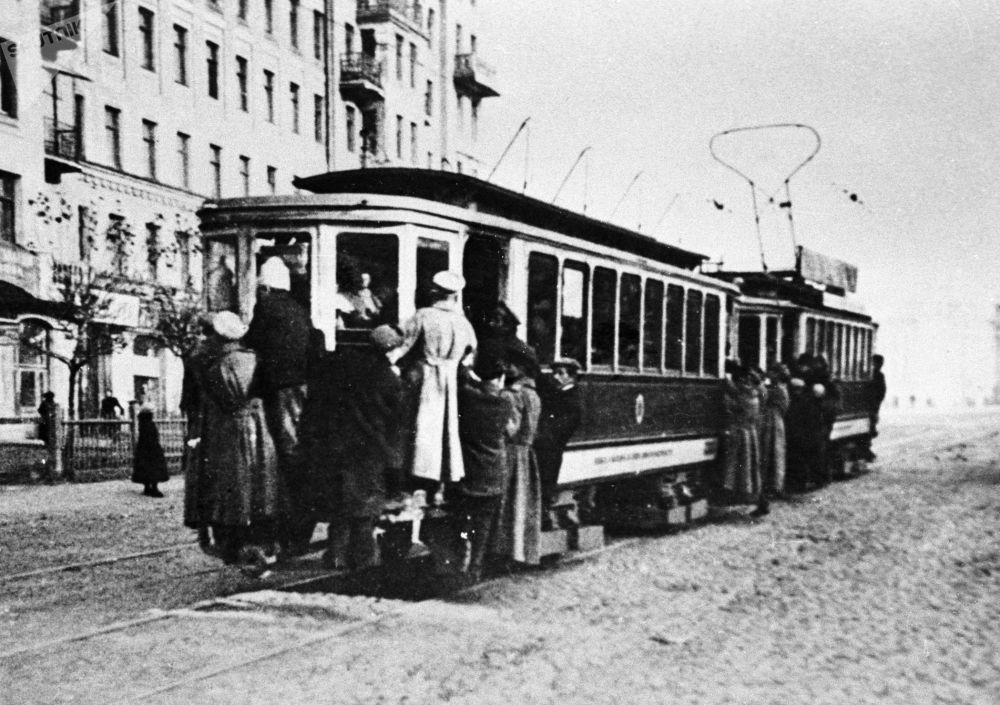 莫斯科的有轨电车,1925年。