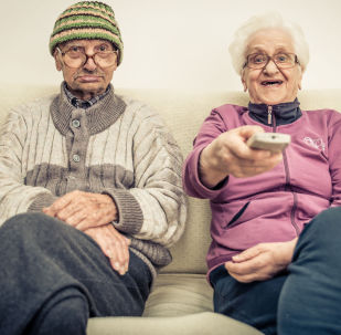 科学家:人的衰老分为三个阶段