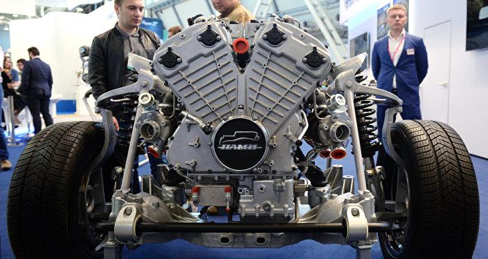 國家高級公務員乘用車車隊項目--俄羅斯汽車製造業的突破
