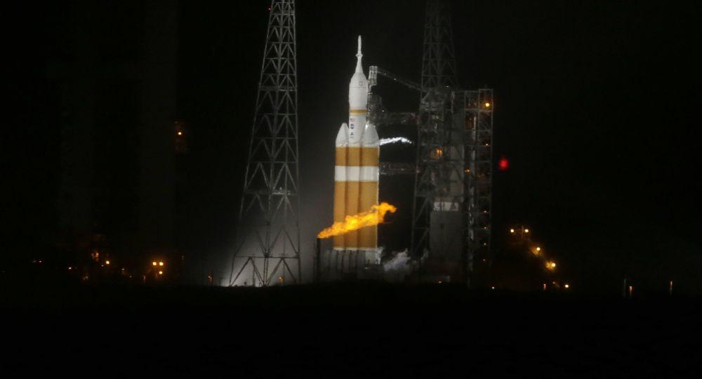 「德爾塔-4」型運載火箭