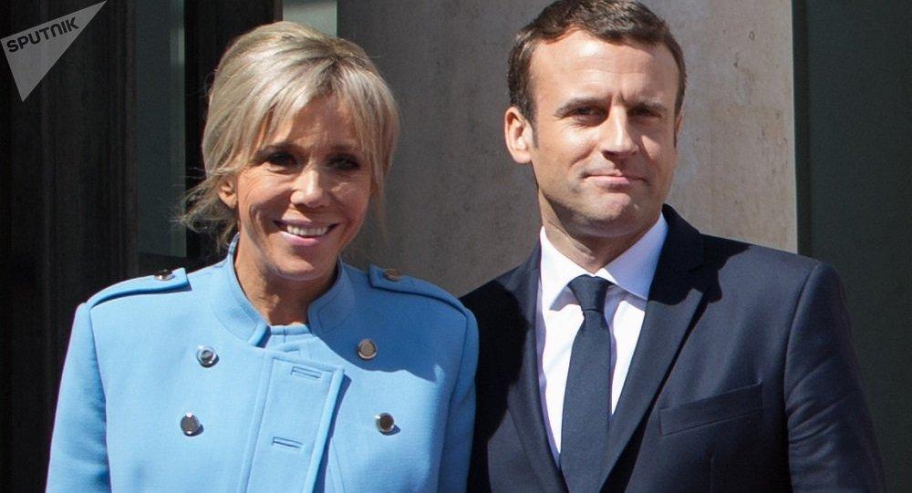 马克龙和其妻子布丽吉特
