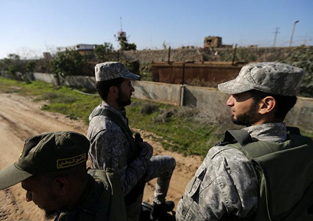 以色列销毁武装分子在加沙地带边境口岸下挖掘的隧道