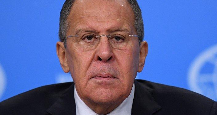 """俄外长:莫斯科认为美国干涉他国内政是""""新帝国主义做法"""""""