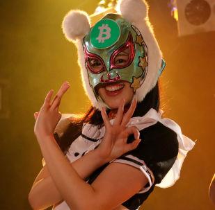 日本的「虛擬貨幣女孩」偶像團體