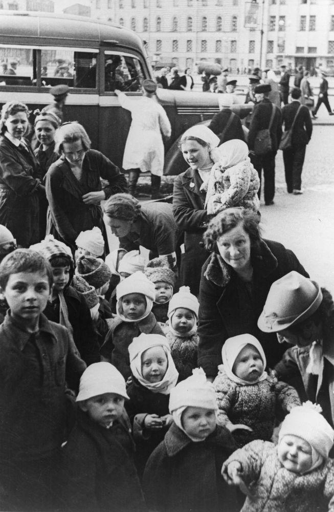 將兒童從列寧格勒疏散