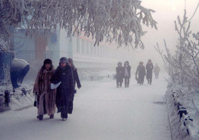 零下50度严寒 英国人惊叹雅库特村民的顽强