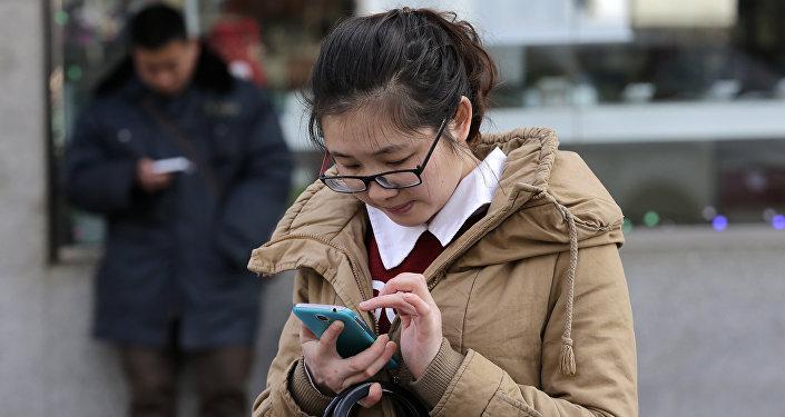 """中国""""虚拟男友""""游戏备受女性玩家追捧"""