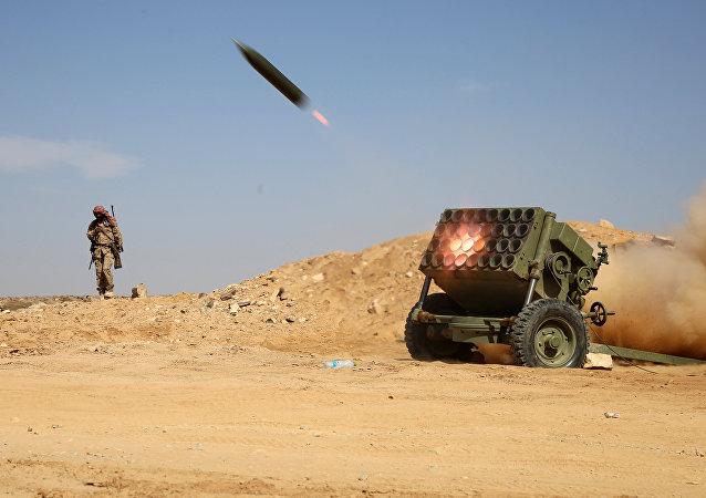 沙特防空部队击落也门胡塞武装向沙特发射的导弹